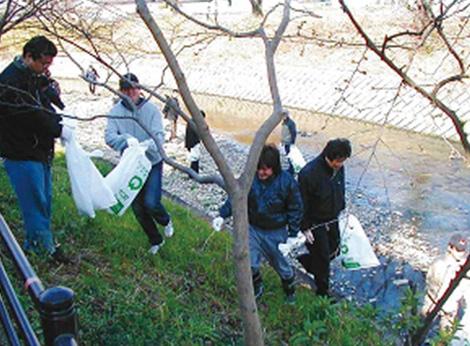 写真:五条川・大山川の清掃活動